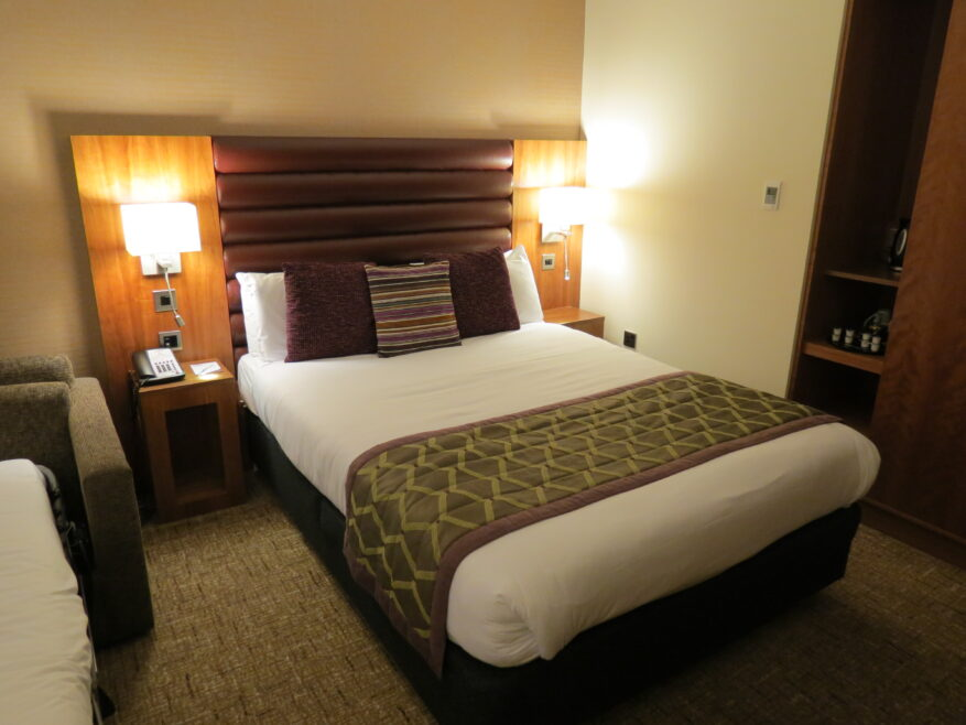 Rooms Review: Drayton Manor Hotel