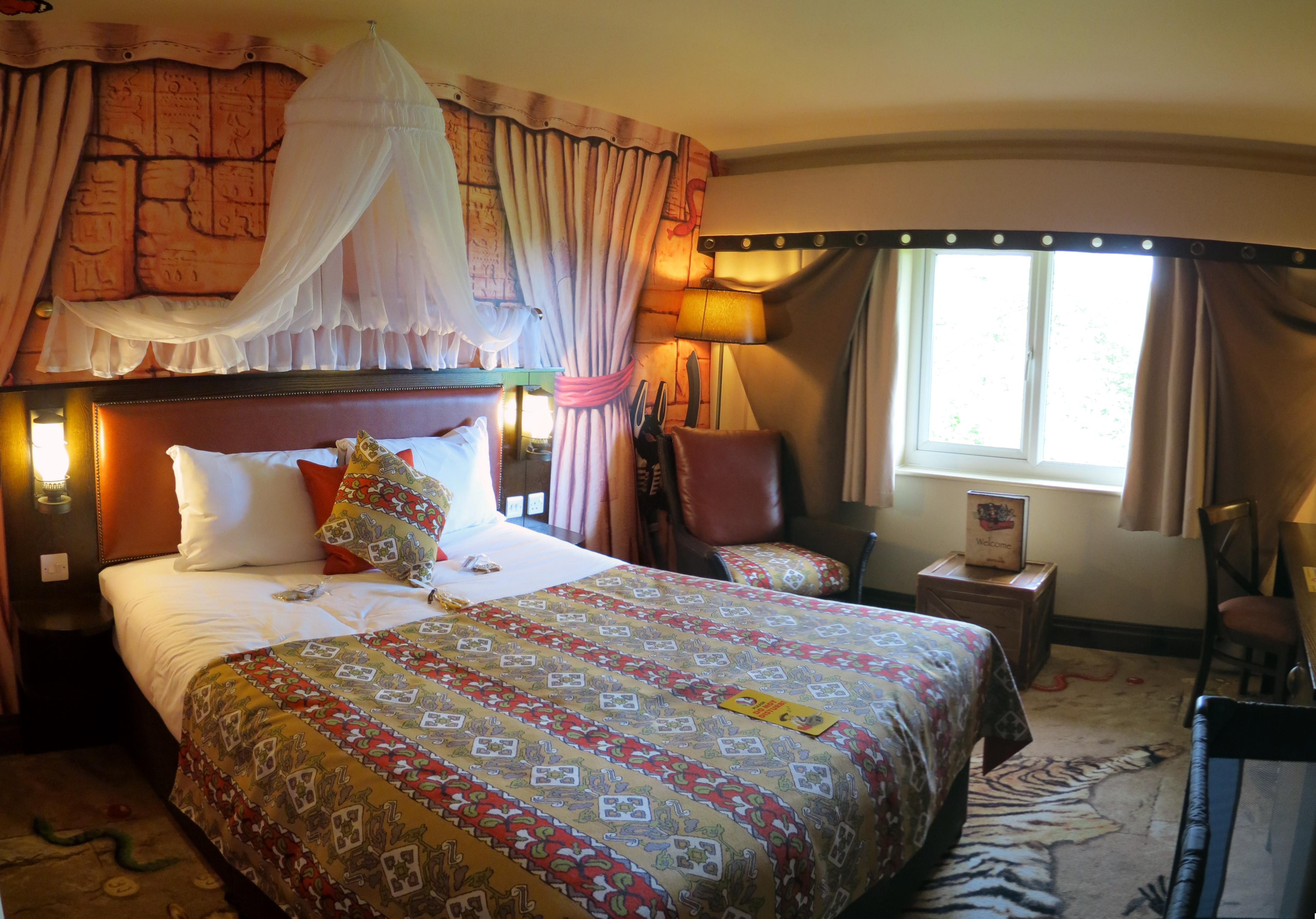 A Quick Look Inside An Adventurer Premium Themed Room At