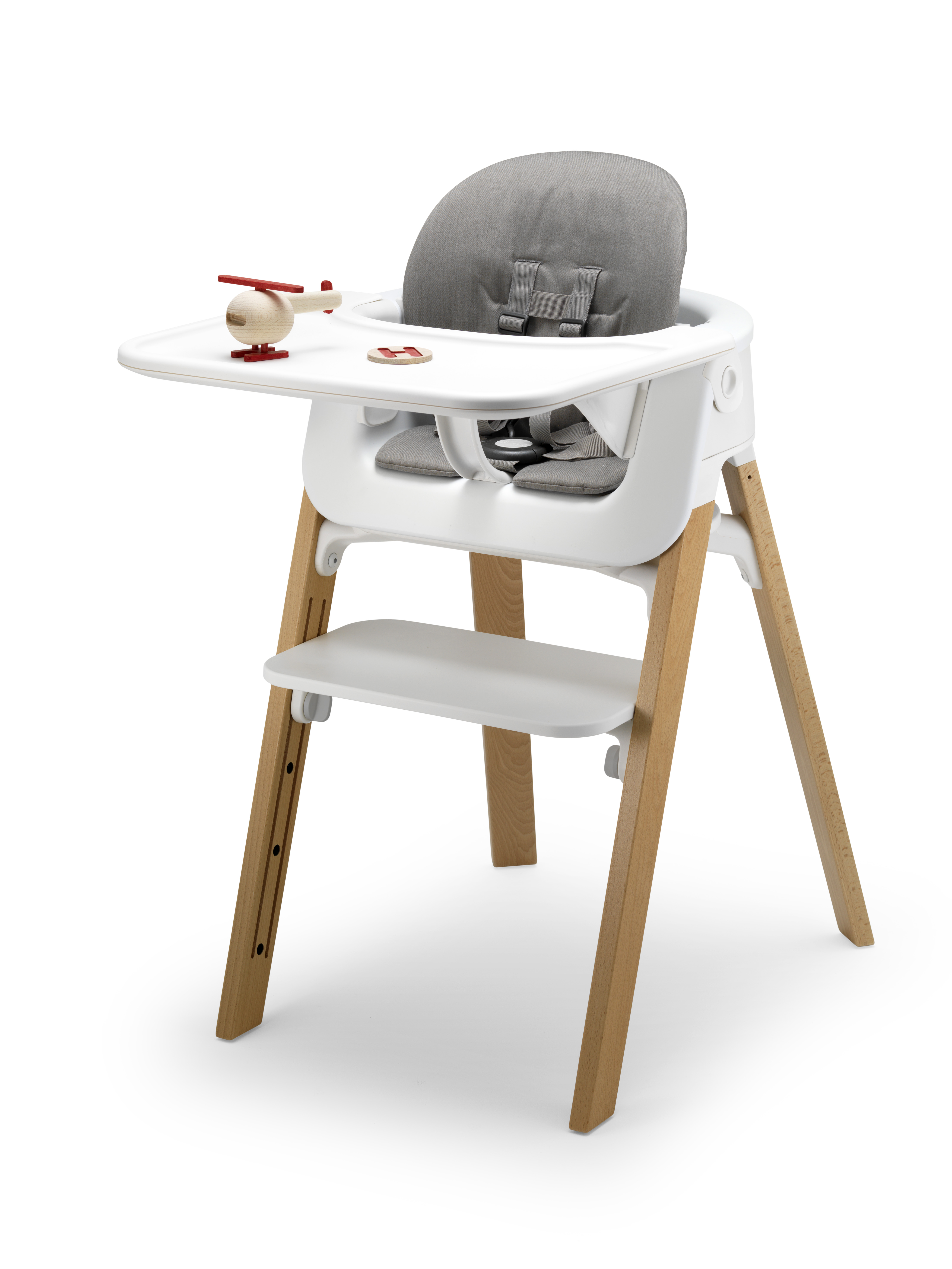 Stokke fan check out the new stokke steps kip hakes for Chaise tripp trapp
