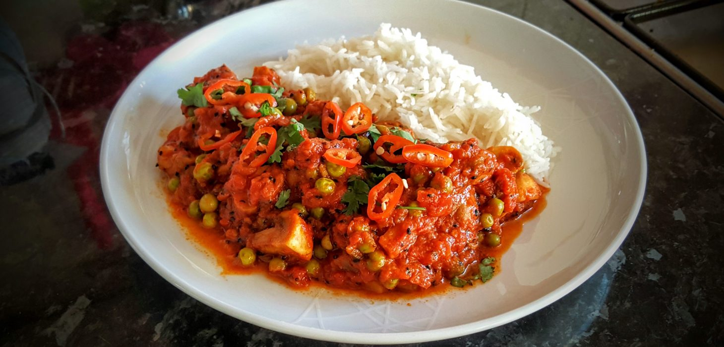 The finished Bengali Mushroom and Pea Curry