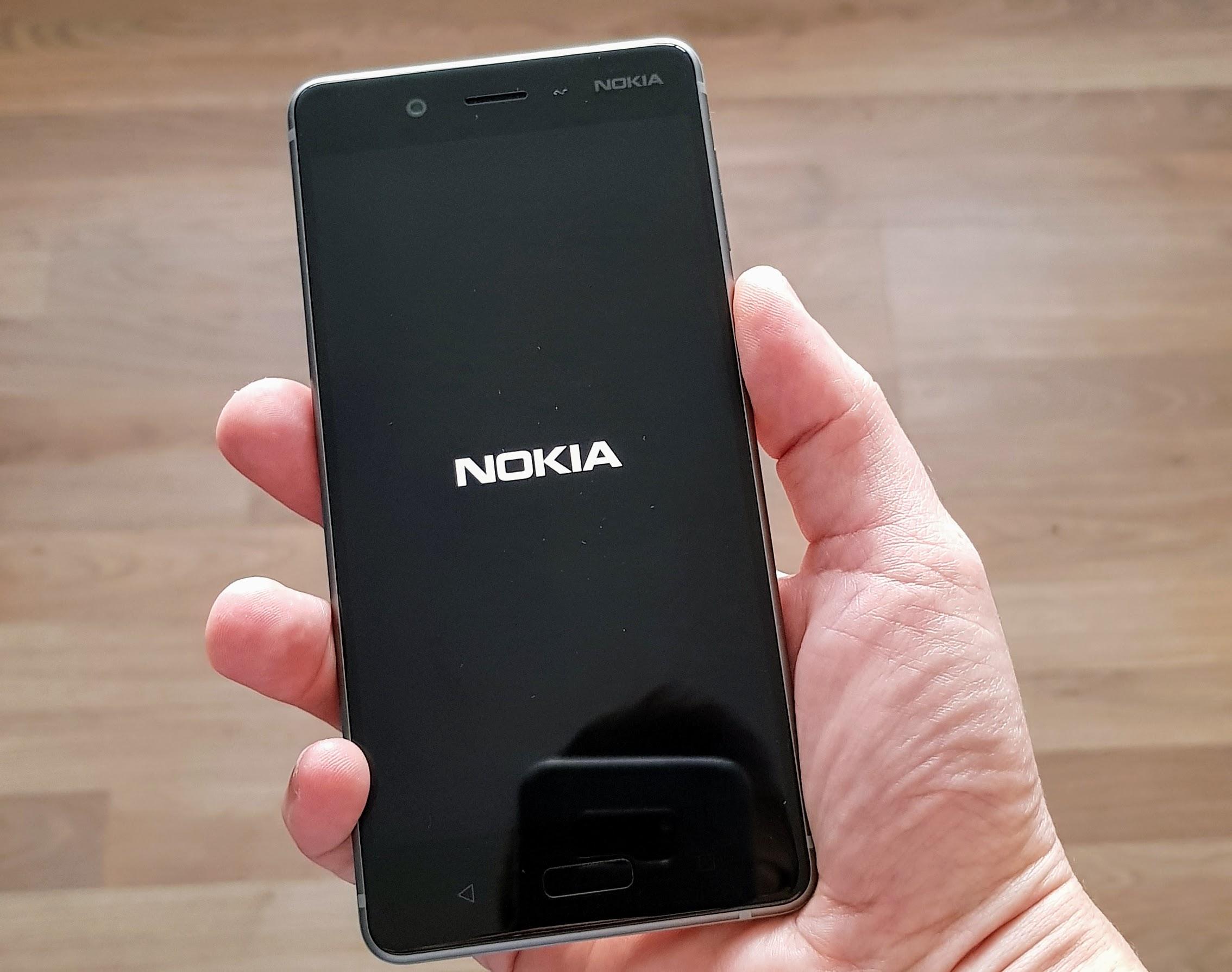 Nokia 8 in hand!