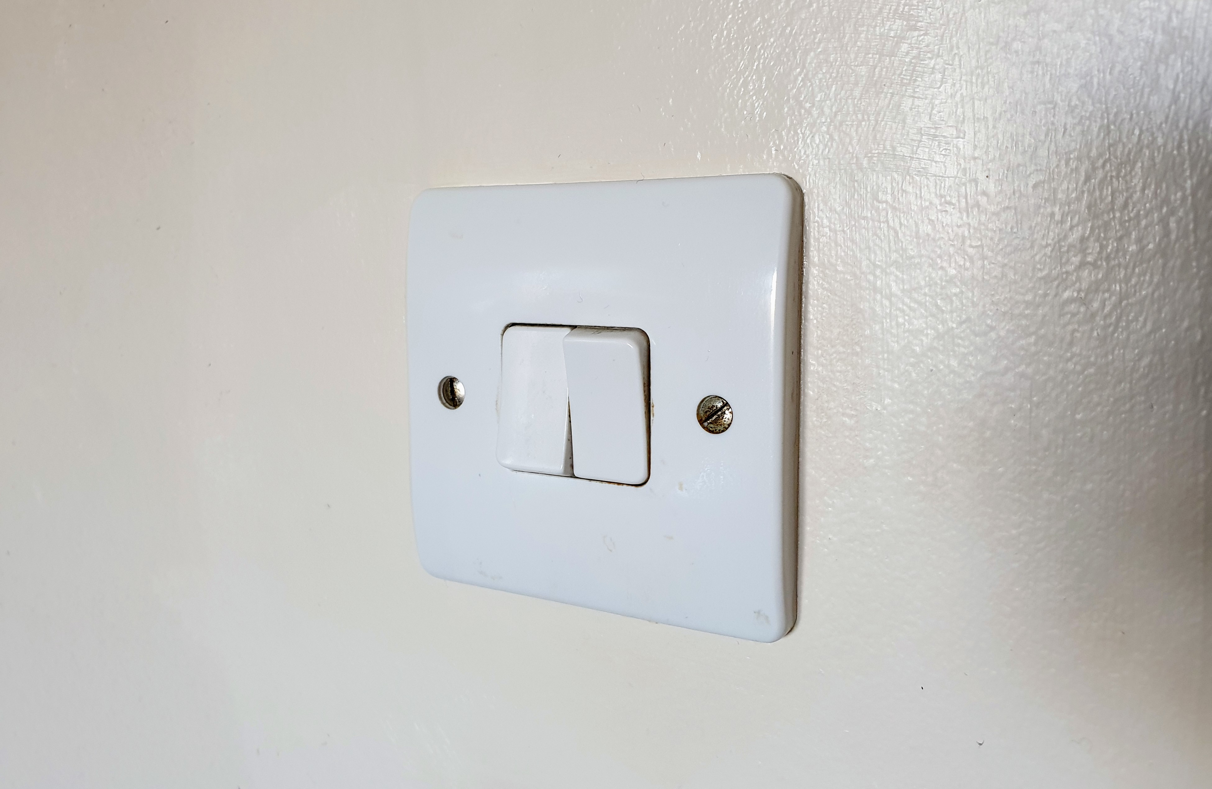 How To Replace Light Switches With Philips Hue Switches