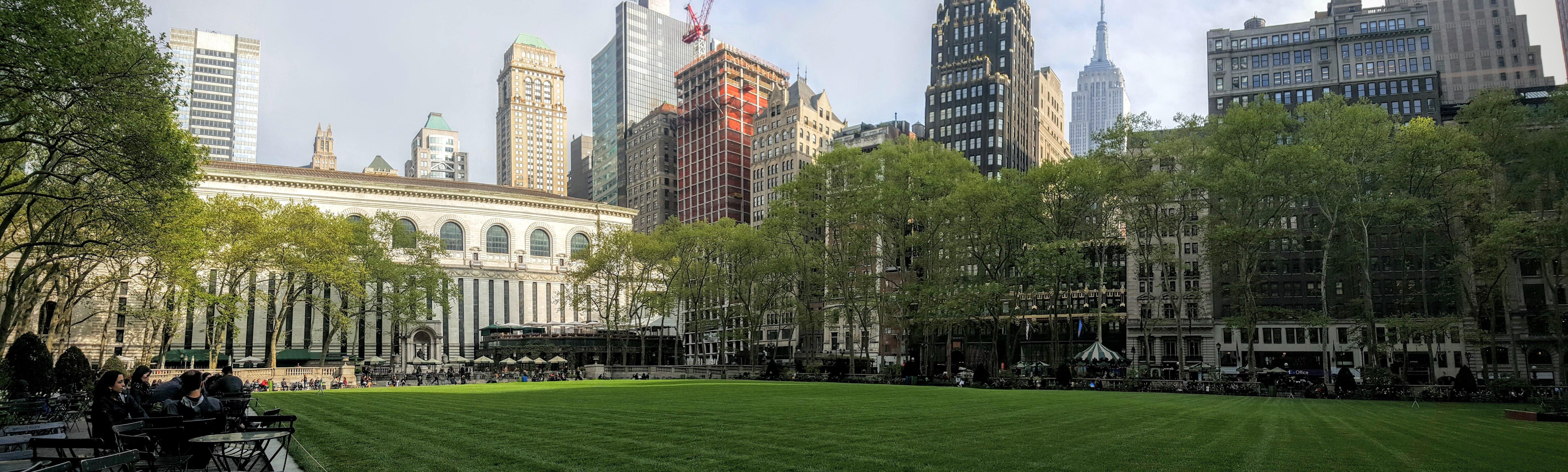 Bryant Park is one of my 5 Things you MUST do in New York